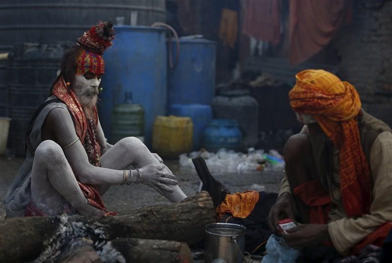 Maha Shivaratri,Maha Shivaratri 2016,Shivaratri,Maha Shivaratri festival,Shivaratri festival,Maha Shivaratri celebration,Maha Shivaratri praying,Hindus celebrating Maha Shivaratri Festival,Hindus celebrating Maha Shivaratri