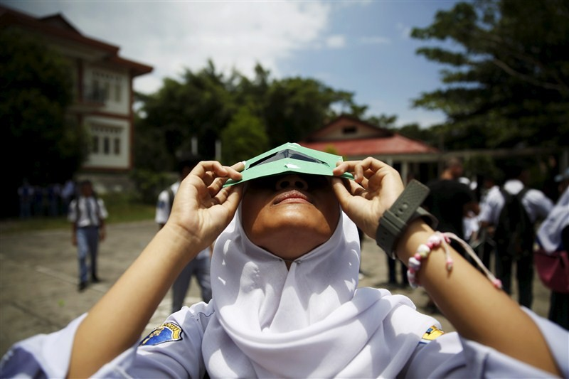 Solar eclipse,Solar eclipse 2016,Solar eclipse self-made filters,self-made filters,Hong Kong Astronomical Society,Indonesia's National Institute,Aeronautics and Space