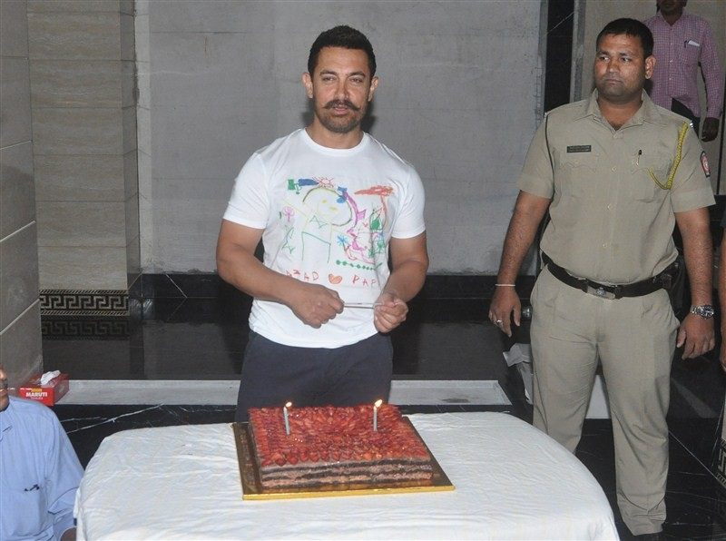 Aamir Khan,Aamir Khan 51st birthday celebrations? with media,Aamir Khan 51st birthday celebrations,Aamir Khan birthday celebrations,Aamir Khan birthday,actor Aamir Khan,Aamir Khan birthday celebration