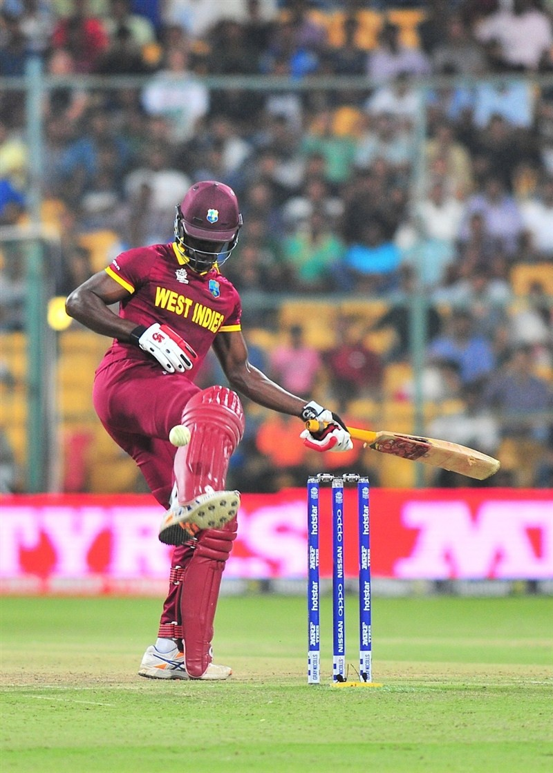 West Indies beat Sri Lanka in the second match of the Super 10 stage of World Twenty20 on Sunday at Chinnaswamy Stadium.