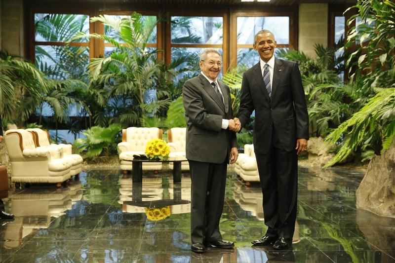 Obama visits Cuba,President Barack Obama,Barack Obama,Cuba,Barack Obama makes a historic trip to Cuba,U.S. president