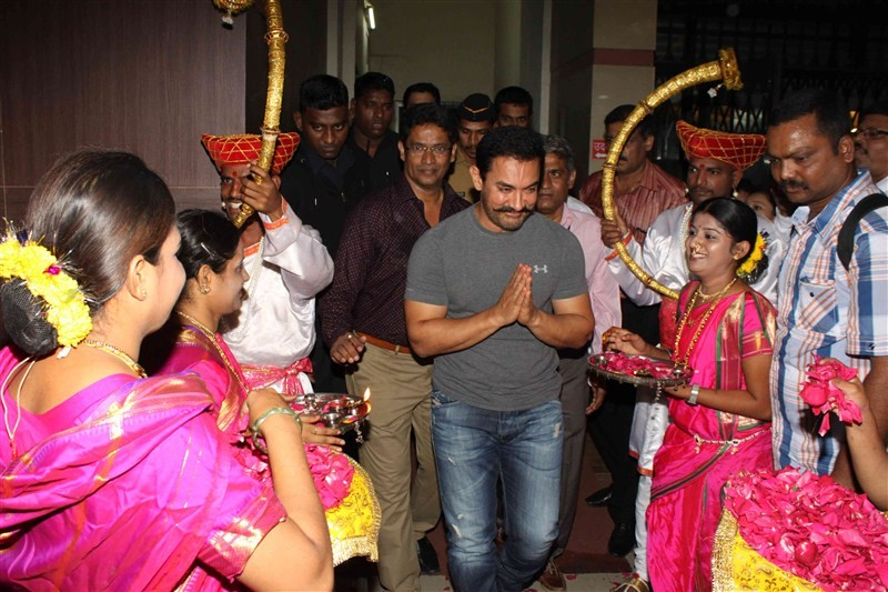 Aamir Khan,Viswanathan Anand,Hridayanath Award at 25th Celebration of Hridayesh Arts,Hridayanath Award,25th Celebration of Hridayesh Arts,Aamir Khan and Viswanathan Anand,Aamir Khan wants more kids to take up chess,Chess