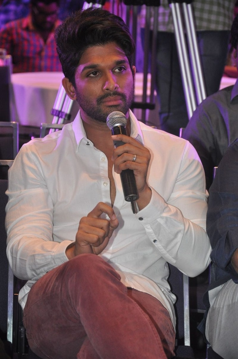 Sarrainodu success meet,Sarrainodu,Allu Arjun,Rakul Preet Singh,Catherine Tresa,Boyapati Srinu,Allu Aravind,Rishi Punjabi,Srikanth,Sarrainodu success meet pics,Sarrainodu success meet images,Sarrainodu success meet photos,Sarrainodu success meet stills,Sa