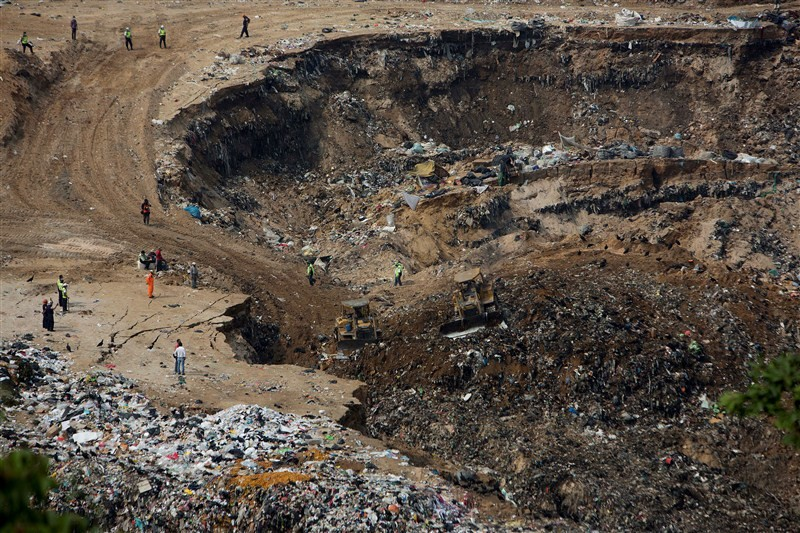 Deadly landfill collapse in Guatemala,Deadly landfill collapse,landfill collapse in Guatemala,landfill collapse,Guatemala City,garbage dump