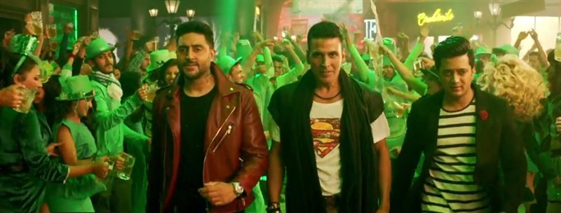 Akshay Kumar,Akshay Kumar in Housefull 3,Housefull 3,Akshay Kumar's return in party avatar,Airlift,baby,actor Akshay Kumar,Akshay Kumar pics,Akshay Kumar images,Akshay Kumar photos,Akshay Kumar stills,Akshay Kumar pictures