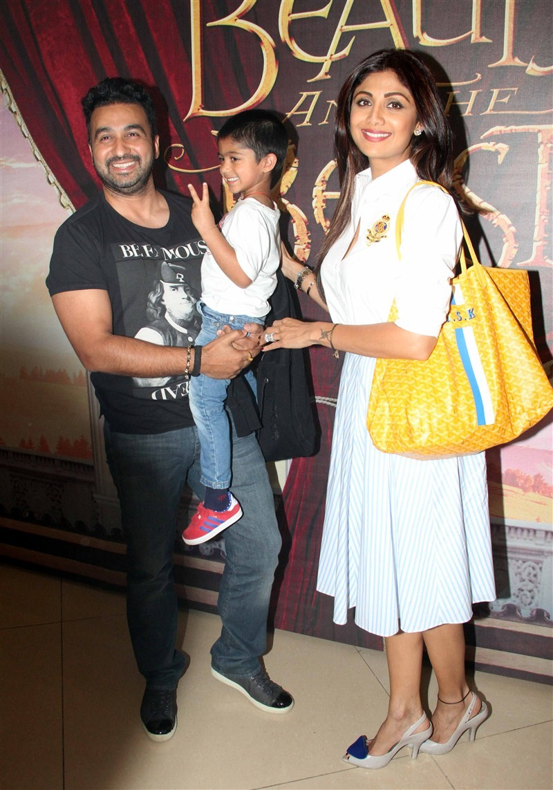 Rahul Dravid,Madhuri Dixit,Shilpa Shetty,Madhuri Dixit family at Disney's 'Beauty And The Beast' musical event,Shilpa Shetty family at Disney's 'Beauty And The Beast' musical event in Mumbai,Raj Kundra,Viaan Raj Kundra,Shilpa