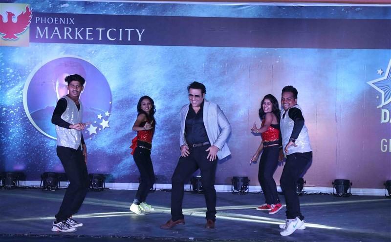 Govinda,Govinda at Opening ceremony of 3rd India Dance Week,3rd India Dance Week,India Dance Week,Sandip Soparrkar,3rd India Dance Week pics,3rd India Dance Week images,3rd India Dance Week photos,3rd India Dance Week stills,3rd India Dance Week pictures