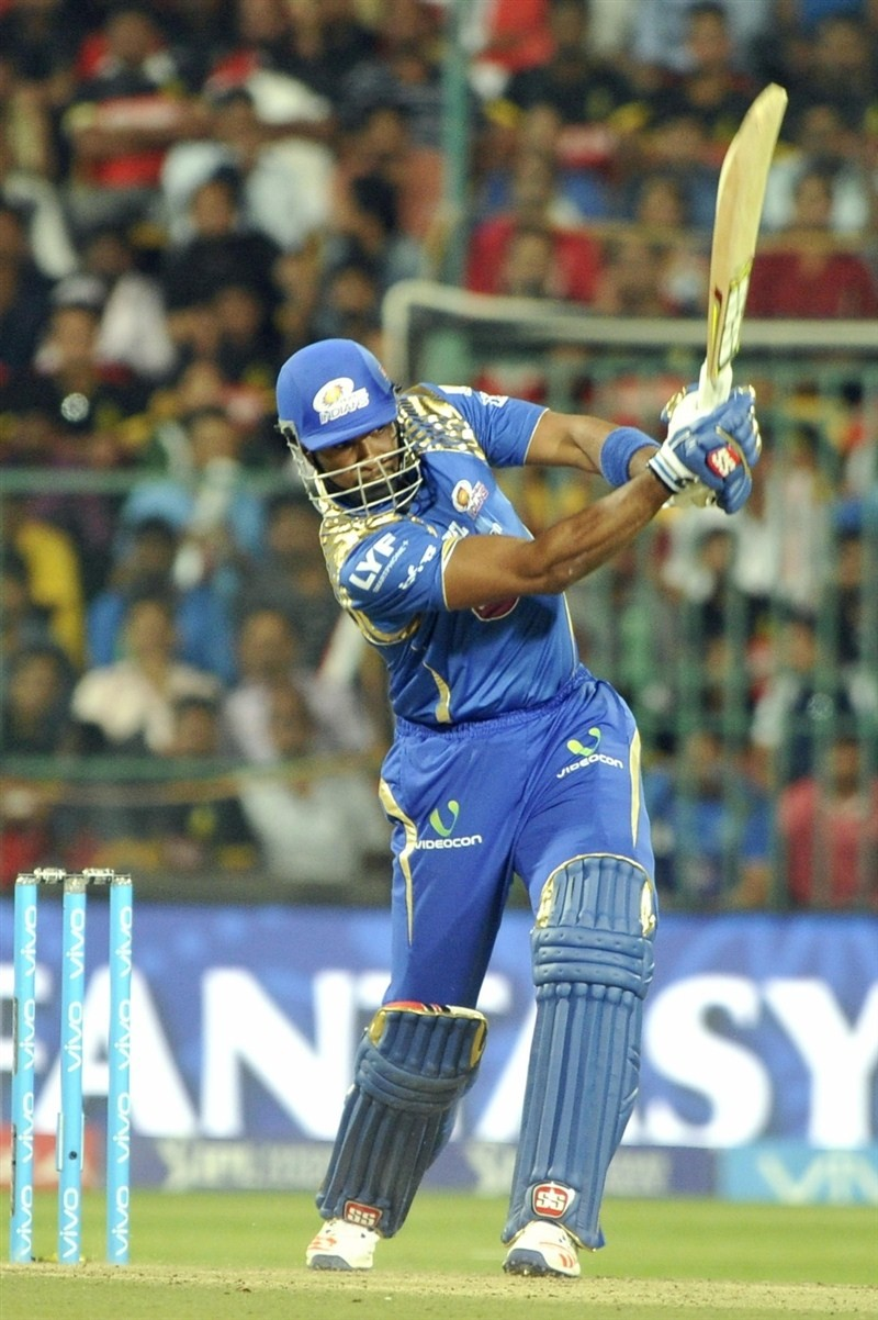 Pollard,Buttler,Mumbai Indians,Royal Challengers,Mumbai Indians beat Royal Challengers,Mumbai Indians trash Royal Challengers,Indian Premier League,Indian Premier League 2016,Indian Premier League 9,IPL 2016,IPL pics,IPL images,IPL photos,IPL stills,IPL p
