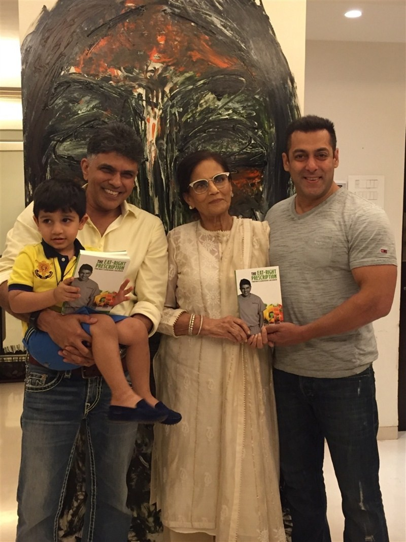 The Eat Right Prescription,The Eat Right Prescription book launch,Roop Kumar Rathod,Shaina NC,Dr Muffazal Lokdawala,Salman Khan