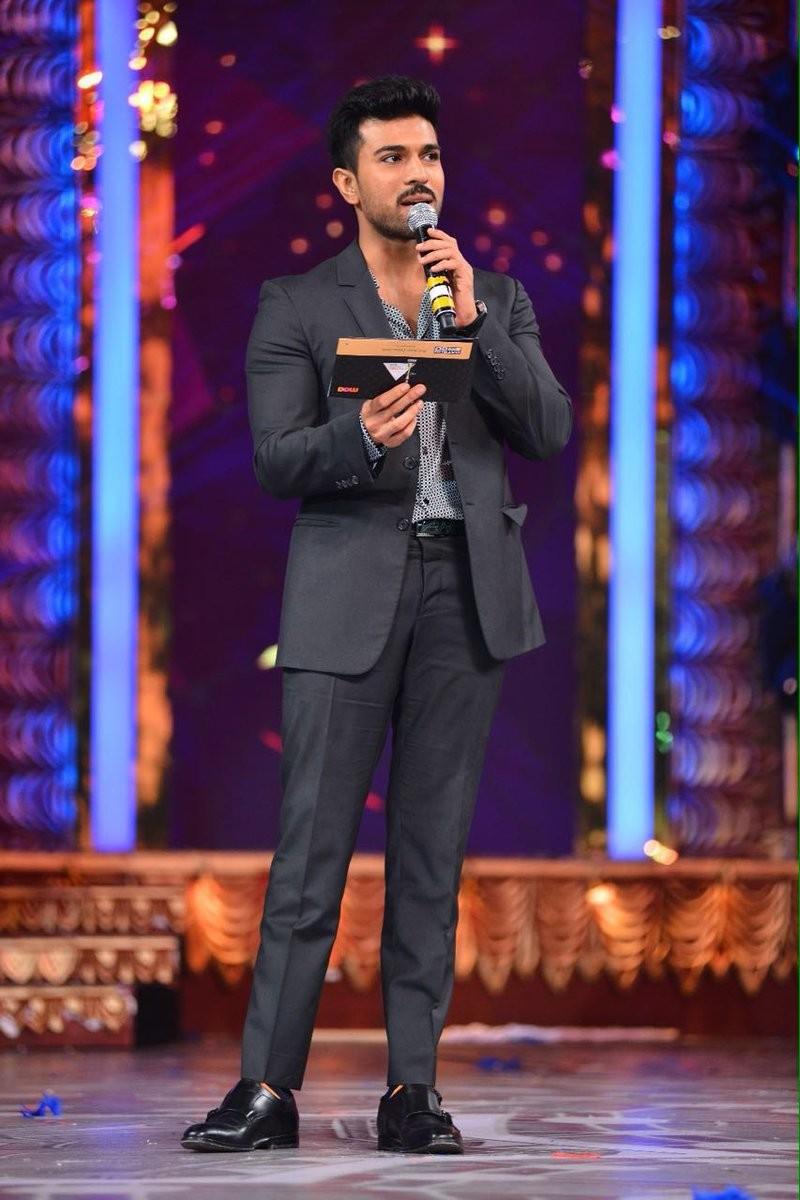 CineMAA Awards 2016,CineMAA Awards,CineMAA Awards 2016 photos,CineMAA Awards 2016 live updates,Chiranjeevi,Allu Arjun,Ram Charan,Jr Ntr,CineMAA Awards 2016 pics,CineMAA Awards 2016 images,CineMAA Awards 2016 stills,CineMAA Awards 2016 pictures