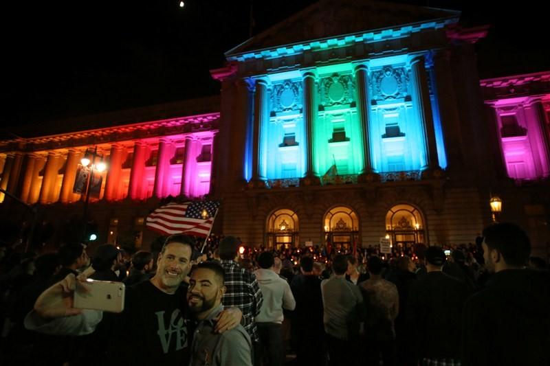 Tribute to Orlando Victims,Orlando Victims,Orlando shooting,Rainbow lights,Rainbow Colors,world Light Up in Rainbow Colors