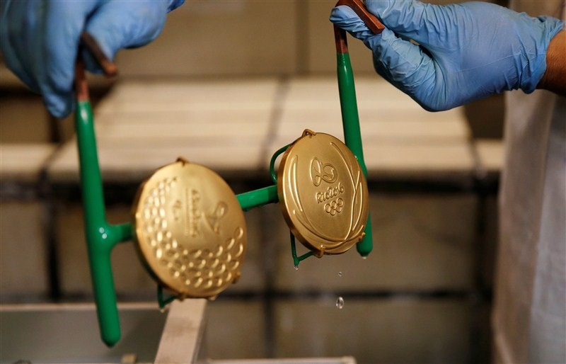 Olympic medal,Rio Olympic medal,Making a Rio Olympic medal,Olympic,Rio Olympics 2016,Rio 2016,Rio Gold medals,Rio Olympic winners,2016 rio olympics,Rio 2016 Olympic medals
