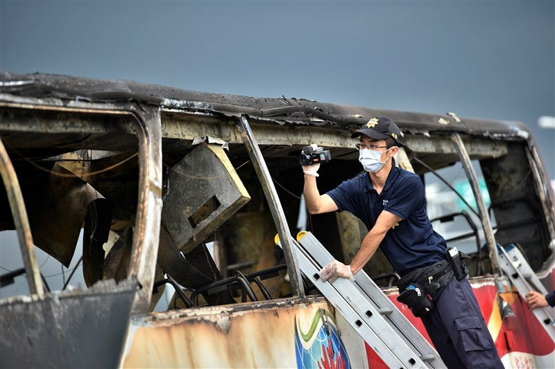 26 Chinese tourists,Taiwan bus fire,Taiwan bus accident,Taiwan,taiwan bus accident death toll,Taiwan bus crash,Chinese passengers