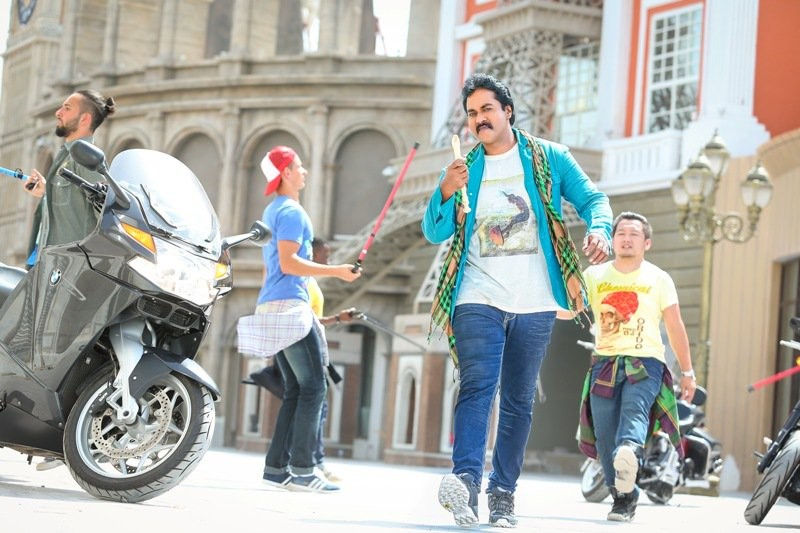 Jakkanna movie stills,Jakkanna,Sunil,Jakkanna movie pics,Jakkanna movie images,Jakkanna movie photos,Jakkanna movie pictures,Telugu movie Jakkanna,Mannara Chopra,Posani Krishna Murali