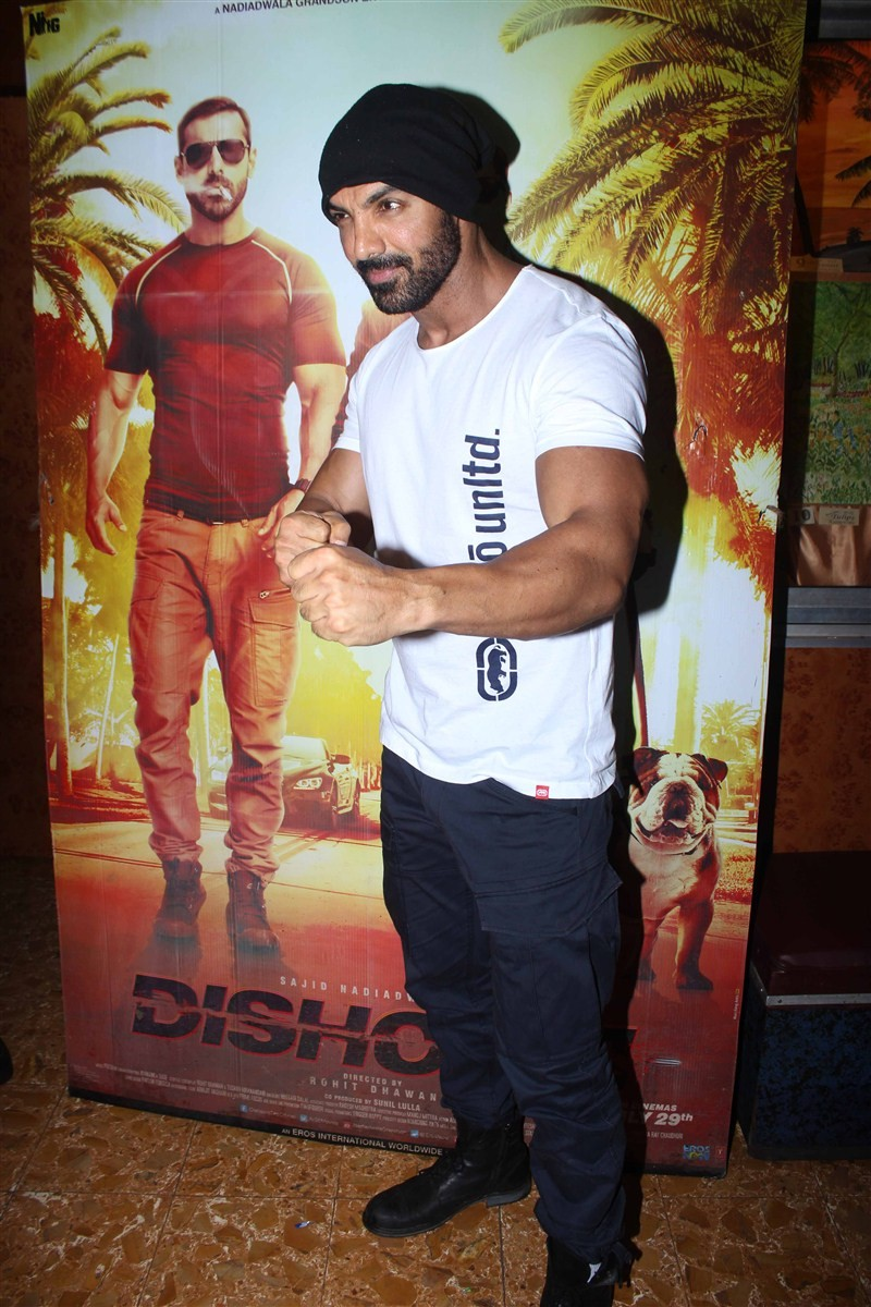 John Abraham,John Abraham visits Gaiety Galaxy theatre,Dishoom,Dishoom promotion,John Abraham promotes Dishoom,Dishoom movie promotion