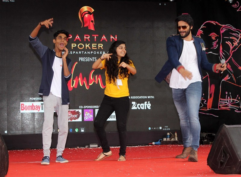 Diana Penty,Ali Fazal,Happy Bhag Jayegi,Happy Bhag Jayegi promotions,bollywood movie Happy Bhag Jayegi,Umang Festival 2016,Mithibai College
