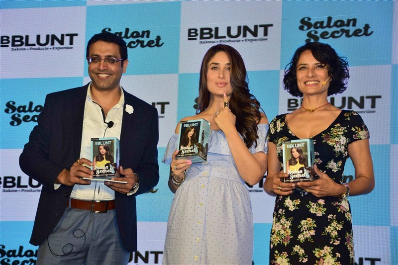 Kareena Kapoor Khan,Kareena Kapoor launches BBLUNT Salon Secret,Kareena Kapoor,BBLUNT Salon Secret,Kareena Kapoor baby bump,Kareena Kapoor latest pics,Kareena Kapoor latest images,Kareena Kapoor latest photos,Kareena Kapoor latest stills,Kareena Kapoor la