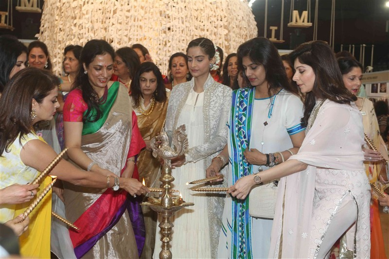 IMC Ladies' Wing,IMC Ladies,Women Entrepreneur Exhibition 2016,Sonam Kapoor,Stephanie Rice,Kanika Kapoor,Sheeba,Bhagyashree,Shaina NC,Madhu Shah,Aalia Ebrahim,Pooja Bedi,Sulaiman Merchant