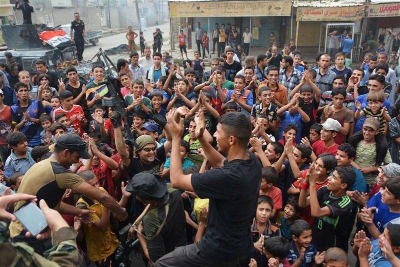 Islamic State,Iraqi army,Islamic State fighters,Qayyara oil,Iraq,Mosul,facto capital Mosul