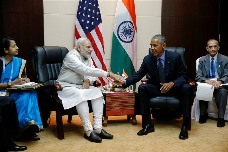 11th East Asia Summit,Narendra Modi meets Barack Obama,Narendra Modi,Barack Obama,Modi meets Obama,Prime Minister Narendra Modi,US President Barack Obama