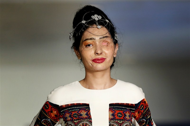 New York Fashion Week,NYFW,New York Fashion Week 2016,Reshma Qureshi,Reshma Qureshi walks ramp,Acid-Attack Survivor Reshma Qureshi,Reshma Qureshi pics,Reshma Qureshi images,Reshma Qureshi New York Fashion Week,Reshma Qureshiphotos,Reshma Qureshi  pictures
