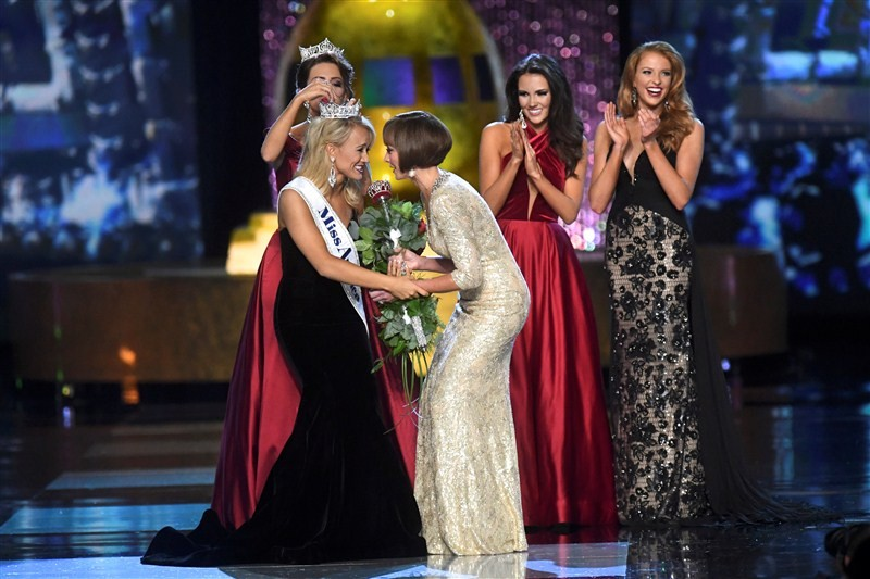 Miss America 2017,Miss America,Savvy Shields,Miss Arkansas,Savvy Shields, Miss Arkansas,Miss Arkansas is Miss America,Savvy Shields is Miss America,Miss America 2017 pics,Miss America 2017 images,Miss America 2017 photos,Miss America 2017 pictures,Miss Am