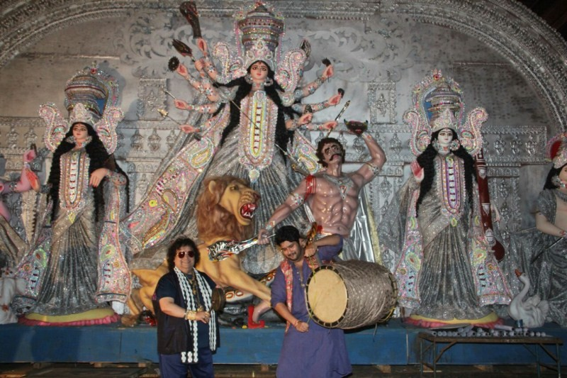 Bappi Lahiri and Bappa Lahiri,Bappi Lahiri,Bappa Lahiri,Sarbojanin Durga Puja Samiti 2016,Sarbojanin Durga Puja Samiti,Durga Puja Samiti 2016,Durga Puja