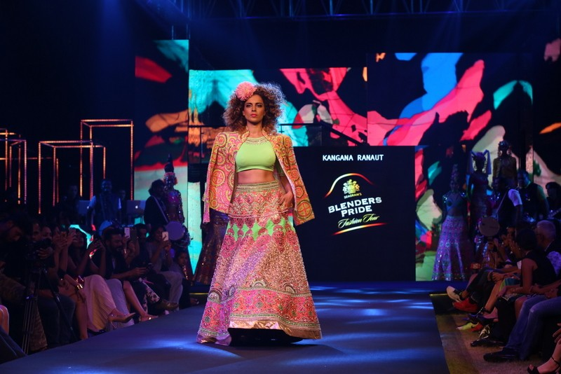 Kangana Ranaut,Kangana Ranaut at Blenders Pride Fashion Tour 2016,Blenders Pride Fashion Tour 2016,Blenders Pride Fashion Tour,Kangana Ranaut hot pics,Kangana Ranaut hot images,Kangana Ranaut hot photos,Kangana Ranaut hot stills,Kangana Ranaut hot picture