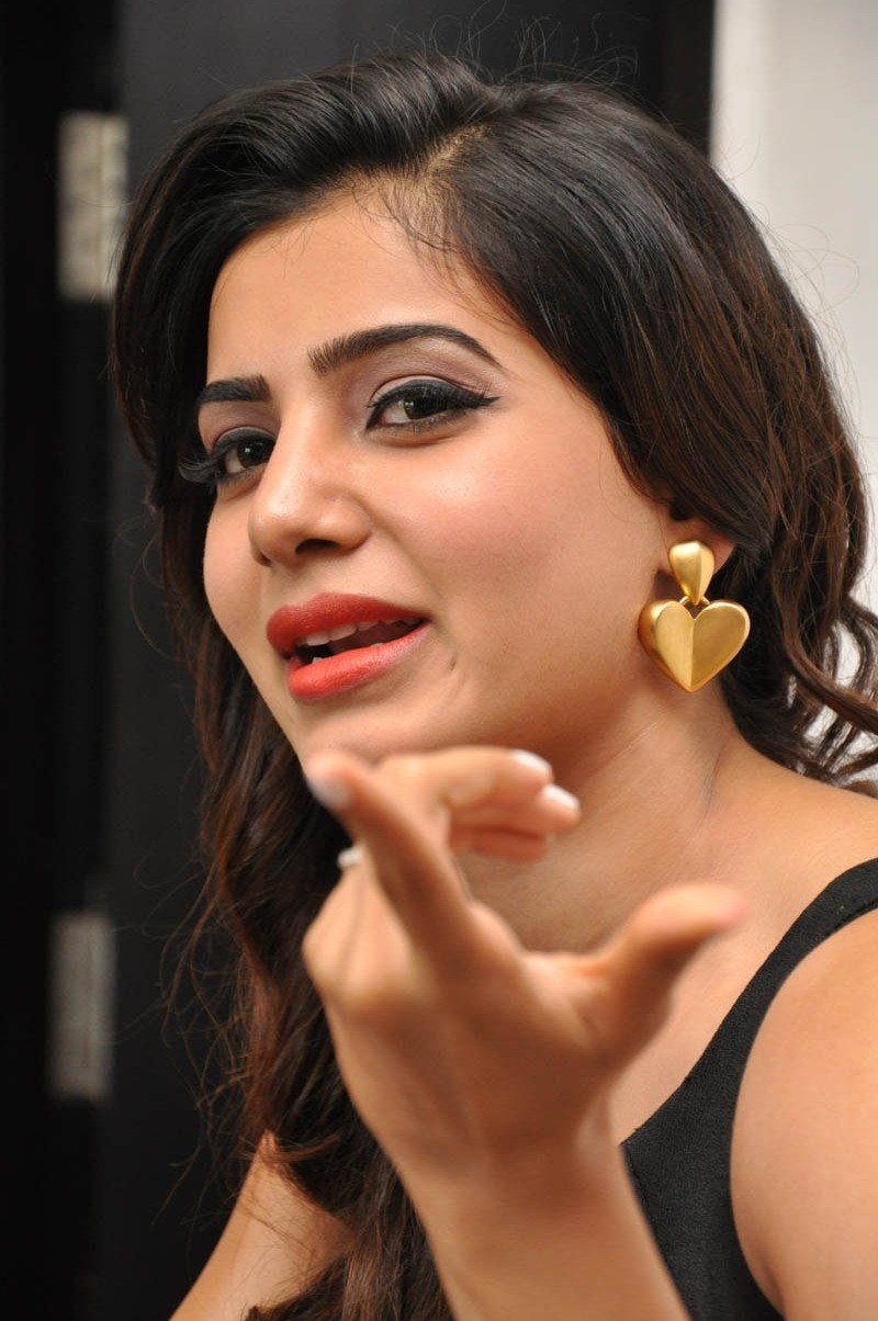 Samantha At S/o Satya Murthy Movie Press Meet Pictures,Samantha At S/o Satya Murthy Press Meet Photos,Samantha Press Meet Photos