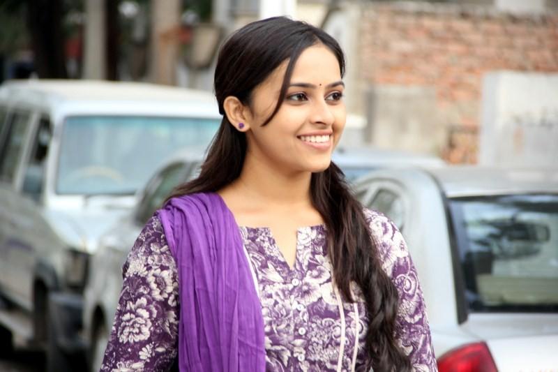 Sri Divya,actress Sri Divya,Sri Divya pics,Sri Divya images,Sri Divya photos,Sri Divya latest pics,south indian actress,south indian actress Sri Divya