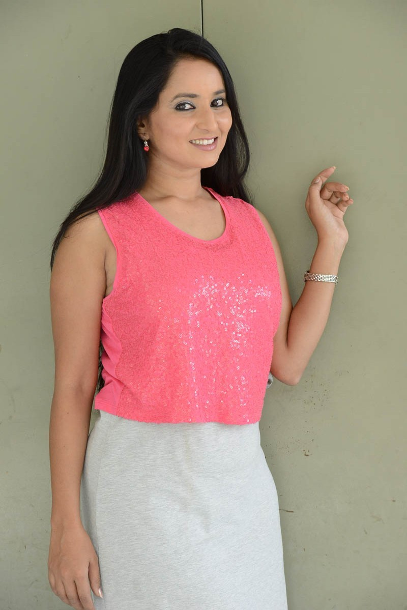 Ishika Singh,actress Ishika Singh,Ishika Singh pics,Ishika Singh images,Ishika Singh photos,Ishika Singh stills,Ishika Singh pictures,south indian actress,telugu actress
