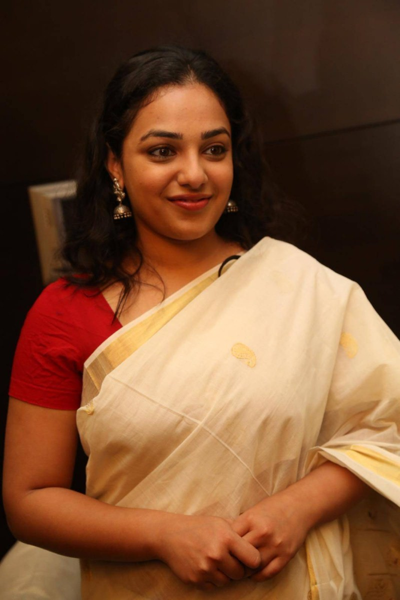 Nithya Menen At Gnana Shekar Art Exhibition Launch,Nithya Menen,actress Nithya Menen,Nithya Menen latest pics,Nithya Menen pics,Nithya Menen images,Nithya Menen photos,Nithya Menen stills,Nithya Menen pictures