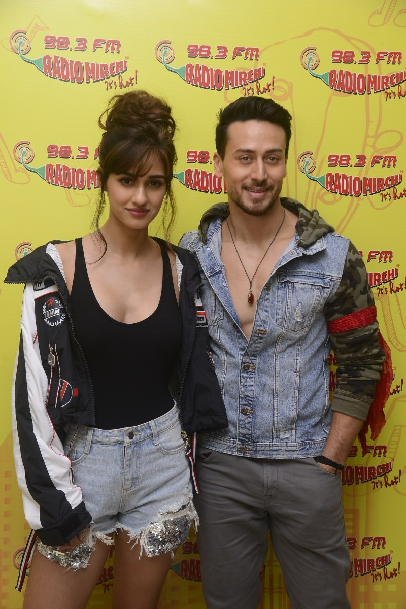 Tiger Shroff and Disha Patani,Tiger Shroff,Disha Patani,Baaghi 2,Baaghi 2 promotion,Baaghi 2 movie promotion,Radio Mirchi