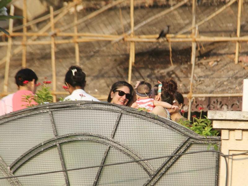 Kareena Kapoor Khan,Kareena Kapoor with Taimur,Taimur Ali Khan,Taimur Ali Khan pics,Taimur Ali Khan images,Inaaya Naumi Kemmu,Taimur and Inaaya
