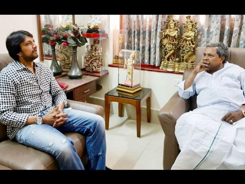 Kiccha Sudeep,actor Sudeep,Sudeep,Sudeep meets Siddaramaiah,Siddaramaiah,Karnataka CM Siddaramaiah,Sudeep and Siddaramaiah,Sudeep with Siddaramaiah