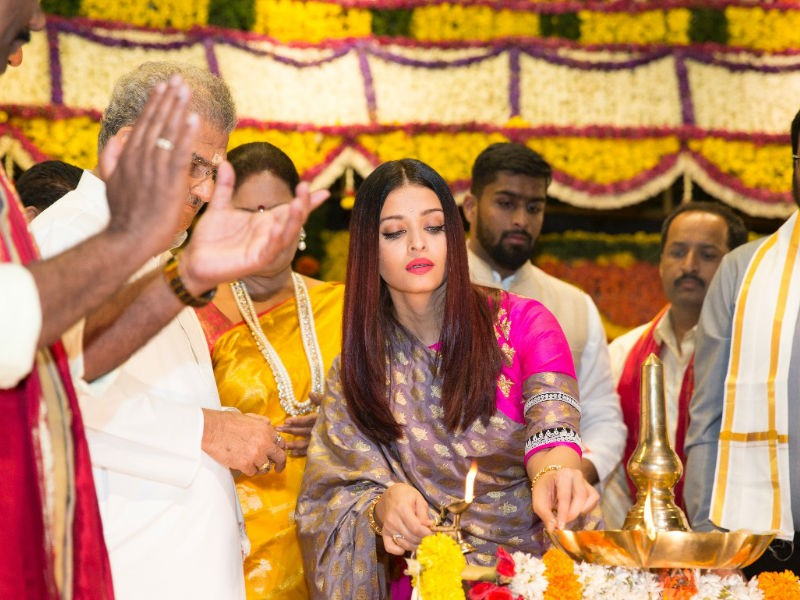 Aishwarya Rai Bachchan,Aishwarya Rai,Woman of Substance title,Woman of Substance 2018,actress Aishwarya Rai Bachchan