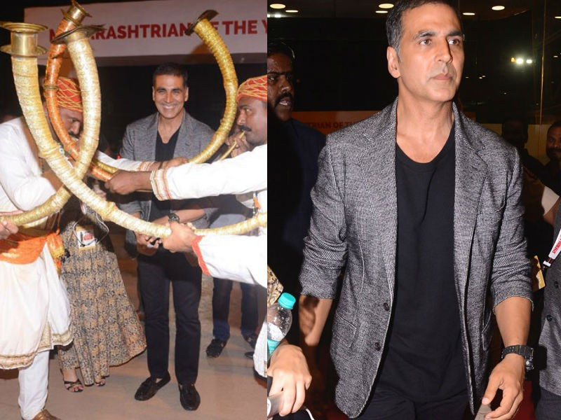 Akshay Kumar,Kareena Kapoor,Shreya Ghoshal,Amruta Khanvilkar,Gulshan Grove,Jeetendra,Sonali Kulkarni,Ravi Shastri,Lokmat Maharashtrian of the Year Awards,celebs at Lokmat Maharashtrian of the Year Awards,Lokmat Maharashtrian of the Year Awards pics,Lokmat