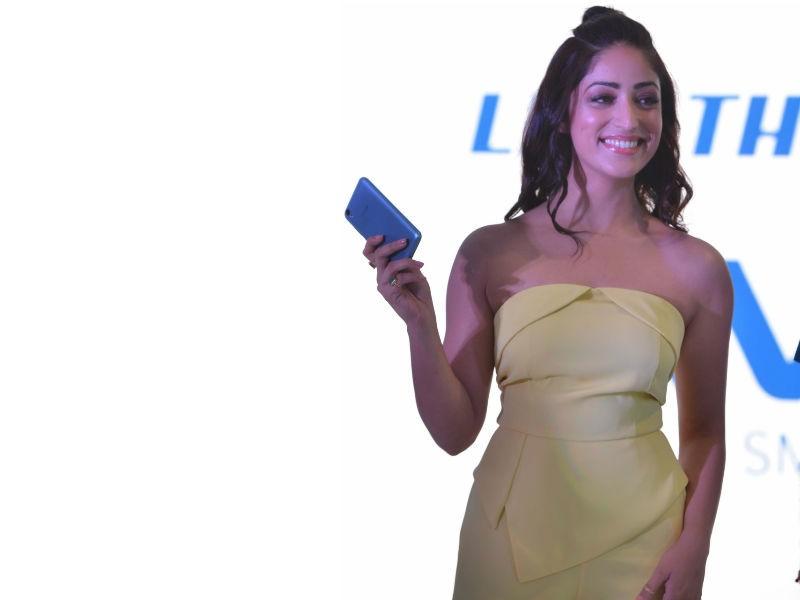 Yami Gautam,actress Yami Gautam,iVVO,Britzo,Yami Gautam pics,Yami Gautam images,iVVO Britzo,iVVO new smart phone,iVVO smart phone
