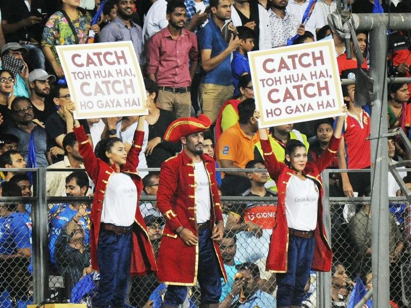 Mumbai Indians beats Royal Challengers Bangalore,MI beats RCB,MI vs RCB,Mumbai Indians,Royal Challengers Bangalore,Virat Kohli,Rohit Sharma,Indian Premier League,Indian Premier League 2018,IPL 2018,IPL pics,IPL images