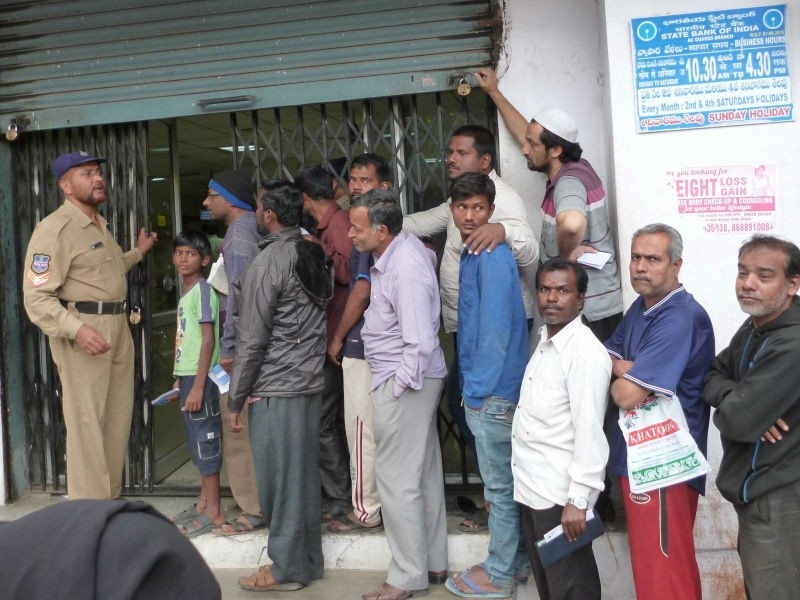 Currency shortage,ATMs run dry,ATMs dry,Madhya Pradesh,BJP,Karnataka polls,ATM cash