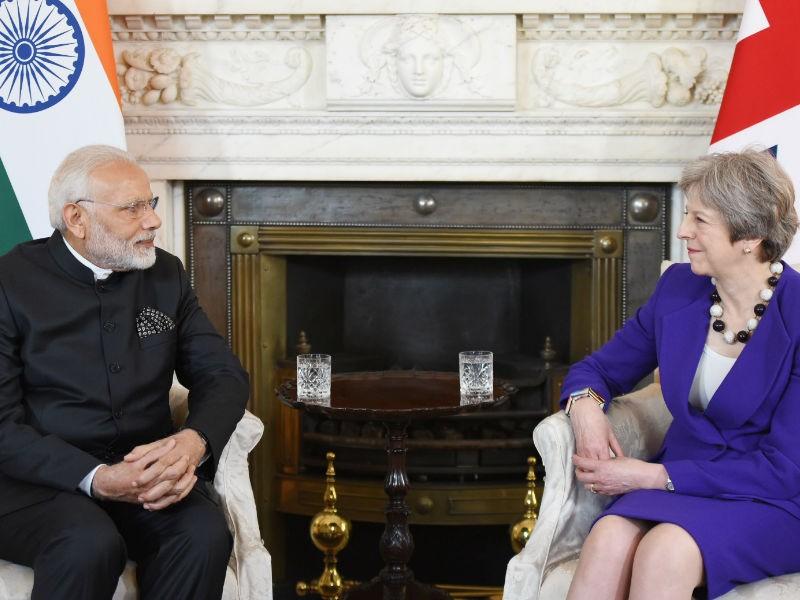 PM Narendra Modi,Narendra Modi,Modi meets Theresa May,Theresa May,prime minister Theresa May,UK Prime Minister Theresa May,Narendra Modi in UK