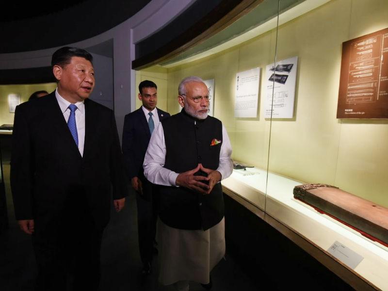 Narendra Modi meets Chinese President Xi Jinping,Modi meets Chinese President Xi Jinping,Narendra Modi,President Xi Jinping,Wuhan,Hubei Provincial Museum,BRICS Summit
