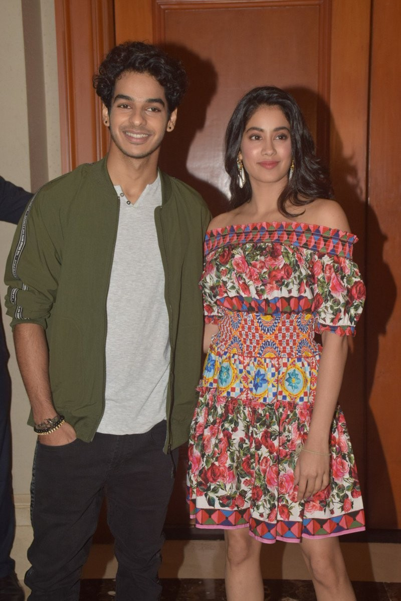 Janhvi Kapoor,Shashank Khaitan,Dhadak success bash,Dhadak success bash pics,Dhadak success bash images,Dhadak success bash stills,Dhadak success bash pictures,Dhadak success bash photos,Ishaan Khatter,Karan Johar