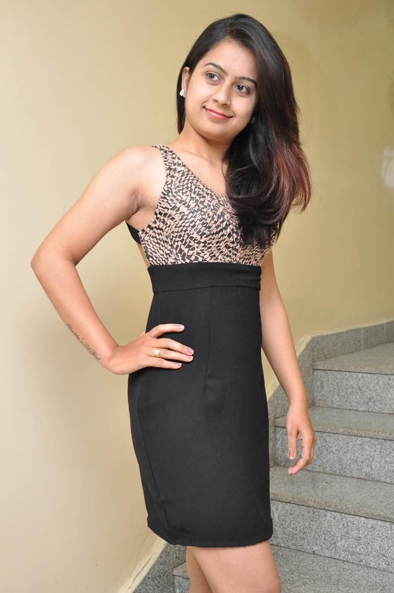Lehitha Namburi,actress Lehitha Namburi,Lehitha Namburi pics,Lehitha Namburi images,Lehitha Namburi photos,Lehitha Namburi stills,south indian actress,actress pics,actress images