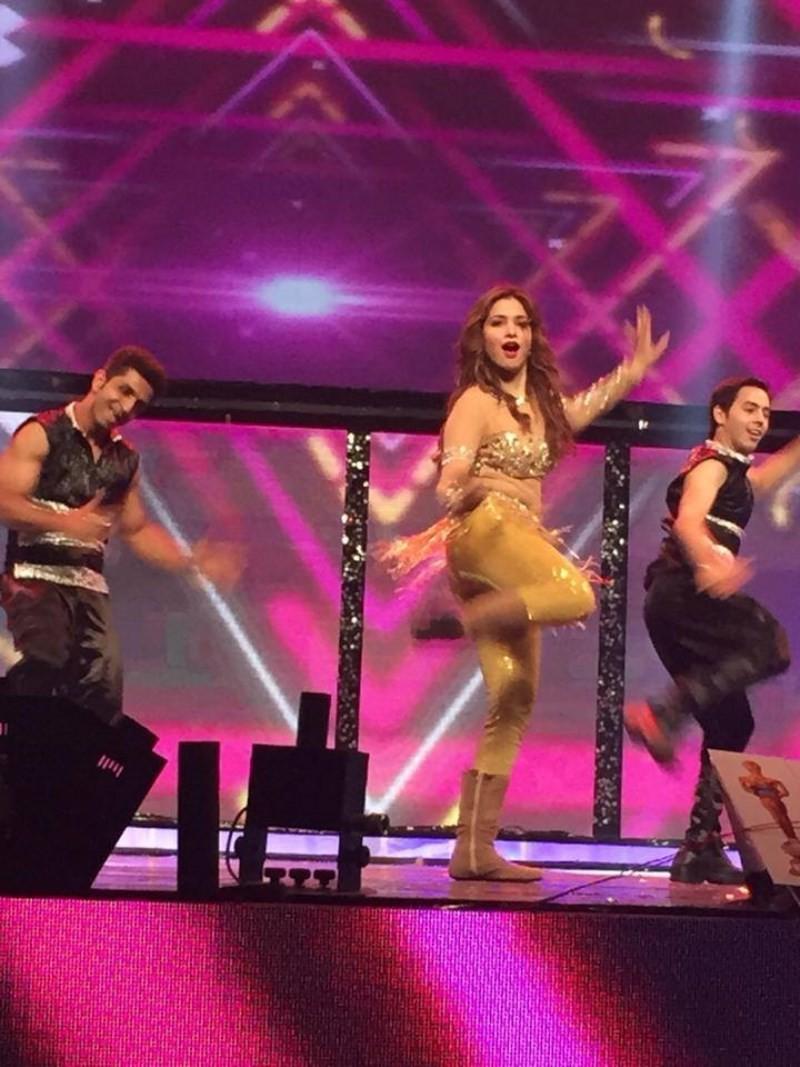 Tamannaah Dance Performance for Zee Awards,Tamannaah,actress Tamannaah,Tamannaah Bhatia,Tamannaah dance,Zee Awards,Zee Awards 2015,Zee Awards pics,Zee Telugu? 10 yrs Celebration