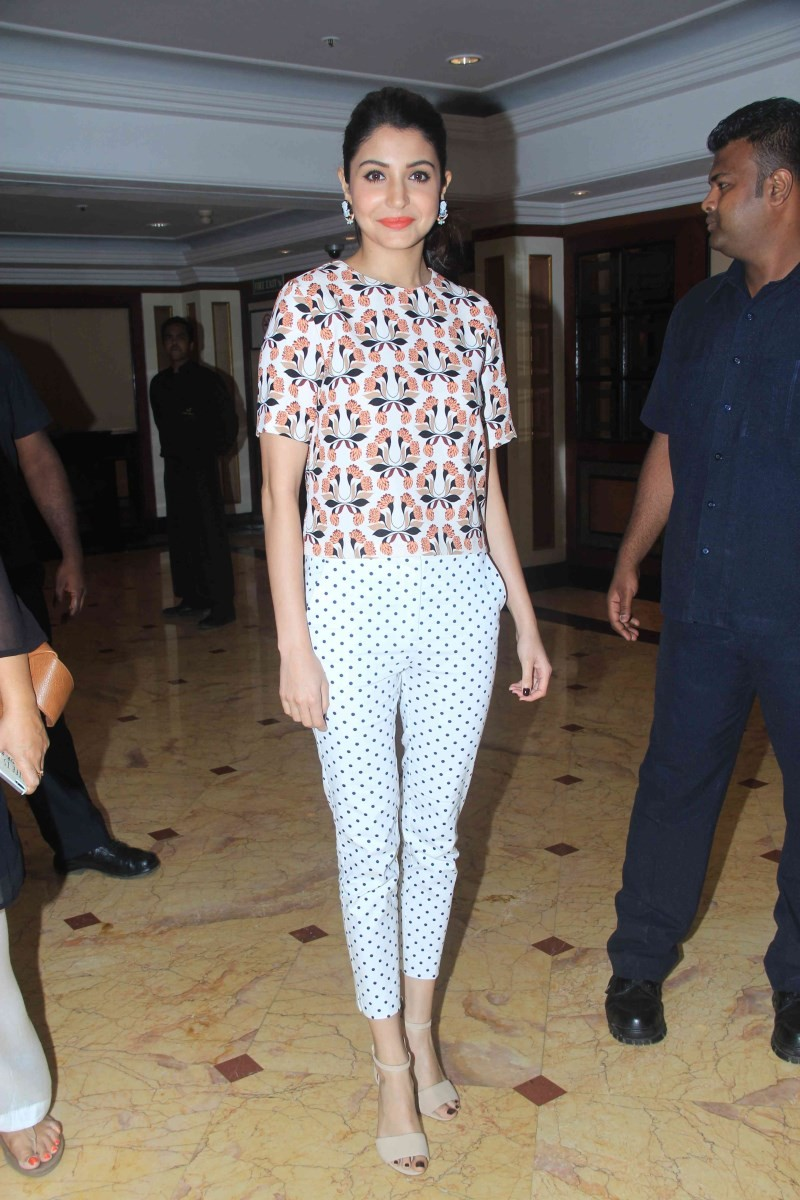 Anushka Sharma at Bombay Velvet Second Trailer Launch,Anushka Sharma,actress Anushka Sharma,Anushka Sharma pics,Anushka Sharma images,Anushka Sharma photos,Anushka Sharma stills,Anushka Sharma latest pics,Bombay Velvet Second Trailer Launch,Bombay Velvet