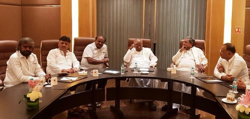 CON JDS LS 2019 cabinet meet