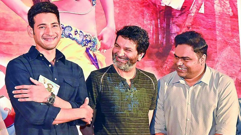 Vamshi Paidipally with Mahesh Babu and Trivikram Srinivas