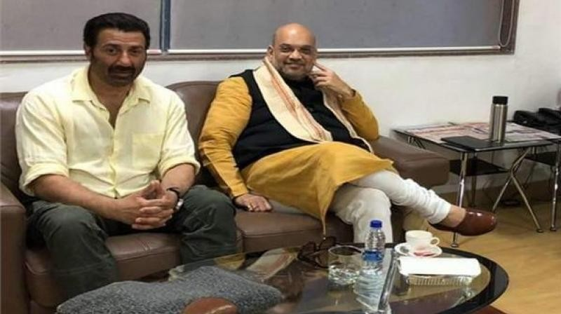 Sunny Deol meets Amit Shah in Pune