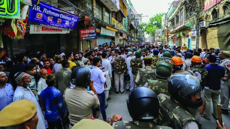 delhi communal tensions
